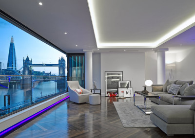 Tower View Penthouse & Apartments, London